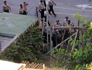 Squatters Attempt Massive Invasion in Venezuelan Capital